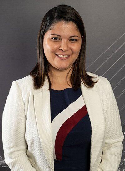 Dra. Bruna R. Marchezini